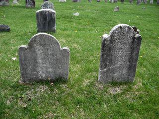 Jonathan Ingersoll and Dorcas Moss headstones