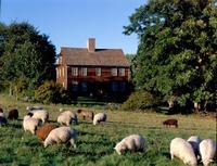 Historic_new_england_farm