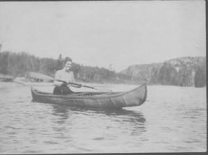 Alice_martin_barker_canoe_2
