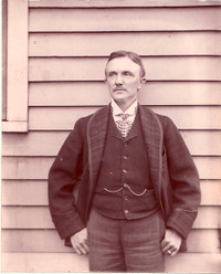 Ray_barker_late_1890s