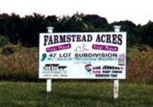 Farmstead_acres_sign
