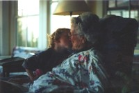 Elias_kissing_great_gran