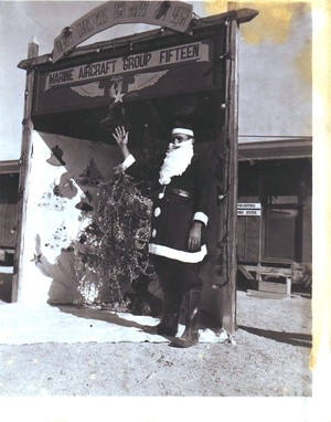 St_nick_at_mag15_1944