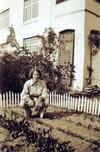 Margaret_ogden_victory_garden_1942