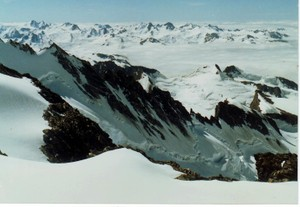 Regal_glacier_from_mt_waddington_bc